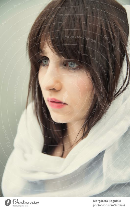 Human being Youth (Young adults) Young woman 18 - 30 years Face Adults Feminine Hair and hairstyles Style Elegant Skin Esthetic Cloth Brunette Long-haired