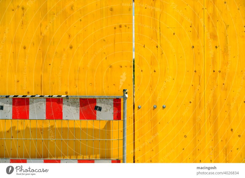 Yellow-White-Red Hoarding cordon Exterior shot nobody Construction site Fence Barrier Safety fissure Structures and shapes surface Grating Wooden fence