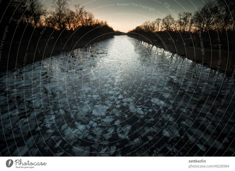 Ice floes on the Hohenzollern Canal in the evening Trip dawn Relaxation holidays River Frozen Cold Channel chill Landscape Nature Navigation Plaice Lake Sunset