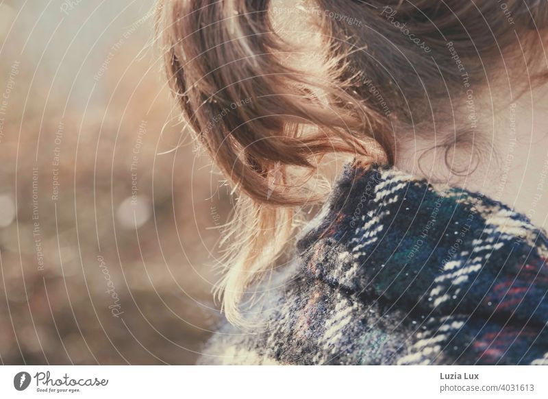 Ponytail, cut: blonde curls at the nape of a young woman's neck. In addition, the collar of a plaid coat and sunshine. Curl Blonde youthful pretty luminescent