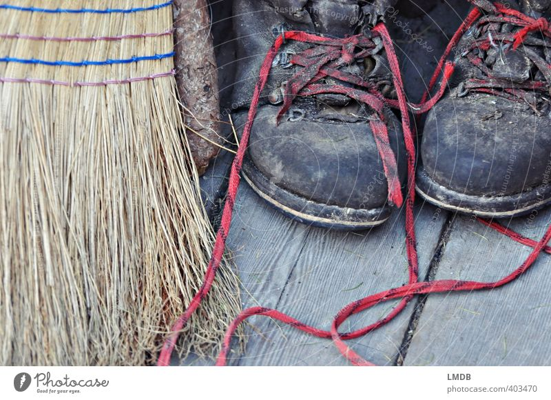 Red shoelaces from the Alm Vacation & Travel Mountain Hiking Alps Modest Work and employment Boots Working shoes Shoelace Hiking boots Broom Sweep Cleaning