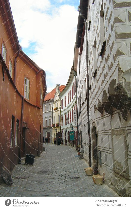 Alley in Krumlov Narrow House (Residential Structure) Czech Republic Village Town Europe Traffic infrastructure Street Old krumlov Old town Wall (building)
