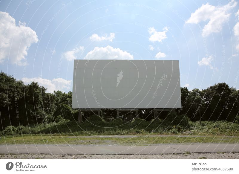 drive-in cinema Canvas Outdoor festival Summer Cinema Sky Beautiful weather Empty Leisure and hobbies Public viewing Film industry open-air cinema Culture