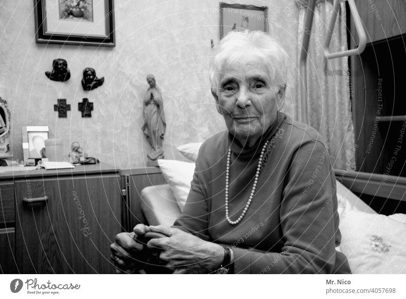 Memory. Grandmother grandma Old Generation Grandparents care Home for the elderly Gray Gray-haired Healthy Nursing Exhaustion Fatigue 60 years and older Life