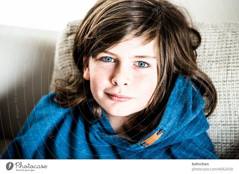 hair off...sigh Interior shot blue eyes Colour photo long hairs Cool (slang) Brash Family Light Face Day Infancy Boy (child) Child Close-up Contrast portrait