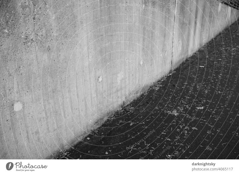 Concrete and asphalt construction Wall (barrier) Street Wall (building) Asphalt three-second Central perspective Colour photo Exterior shot