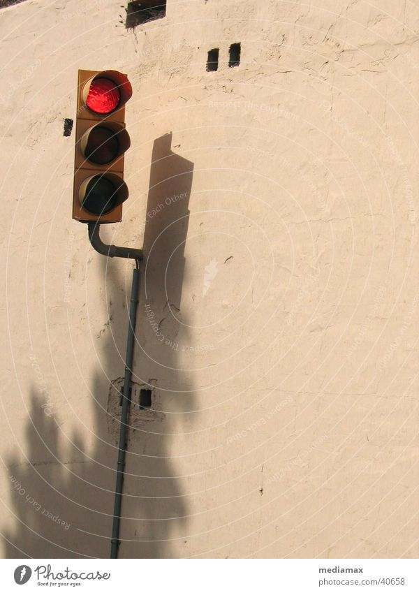 red light Traffic light Red Wall (barrier) Beige Stop Things Shadow Wait