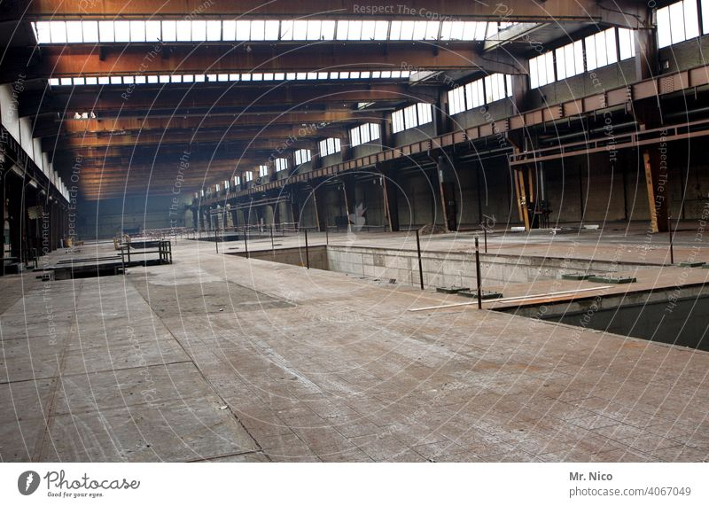 factory hall Manmade structures Workshop Industrial plant Production plant production hall Industrial heritage Steel factory Factory Storage
