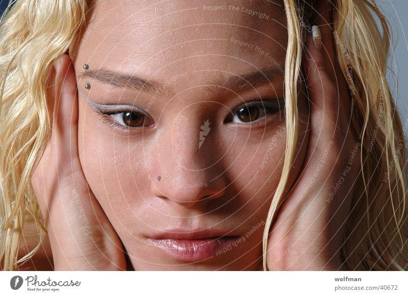 babe Blonde Beautiful Girl Lips Woman Eyes Face BabeX wolfman wk@weshotu.com