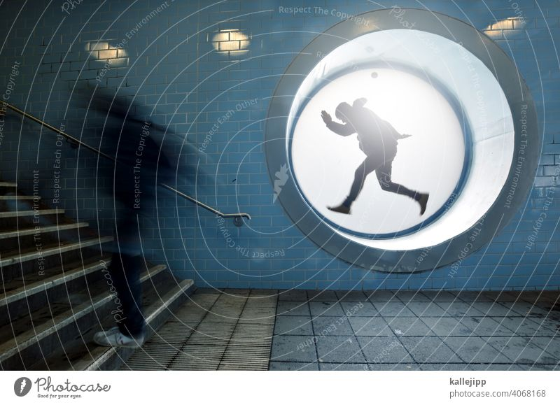 workingmodel Train station Stairs Running Stress Model Human being Movement Speed Colour photo Interior shot Walking Haste Town motion blur Exterior shot Adults