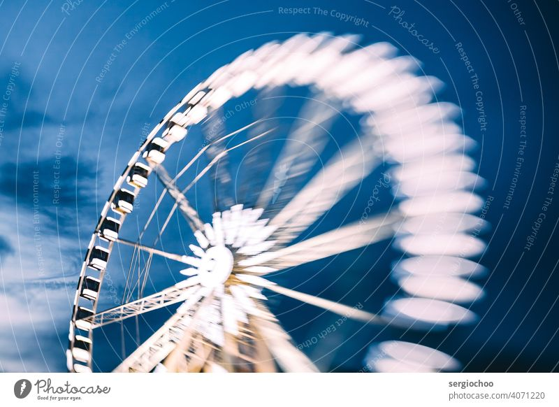 Ferris wheel Attraction amusement Paris Leisure and hobbies Structures and shapes Circular Original Authentic Ferris wheel ride Vacation & Travel Twilight