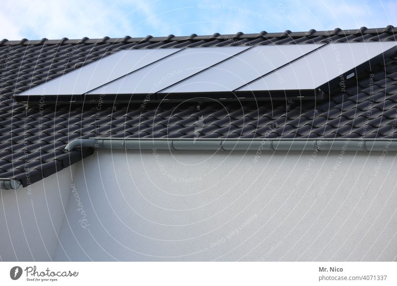 Solar cells - photovoltaics on the roof Roof Solar Energy efficiency co2 Heat roof tiles energy consumption environmentally friendly self-sufficient Heating