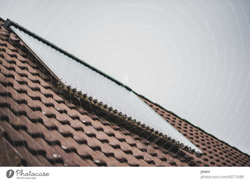 Solar thermal system on the roof of a single-family house | ecological, sustainable, modern and environmentally friendly hot water production Solar cell