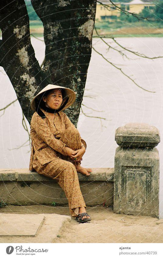 rest Vietnam Woman Portrait photograph Break Ochre Los Angeles Hat