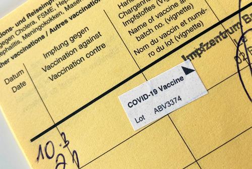 Covid 19 Vaccination Immunization corona Vaccination certificate Astra Zeneca vaccination centre covid 19 vaccine MODERNA Biontech Virus covid-19 coronavirus