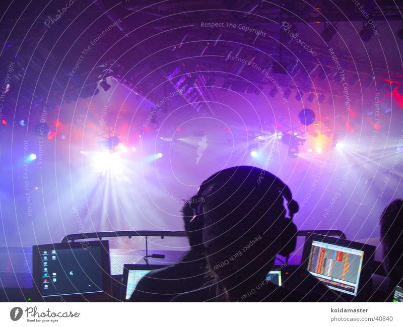 DJ at work Disco Disc jockey Handbill Style Media lights turntables