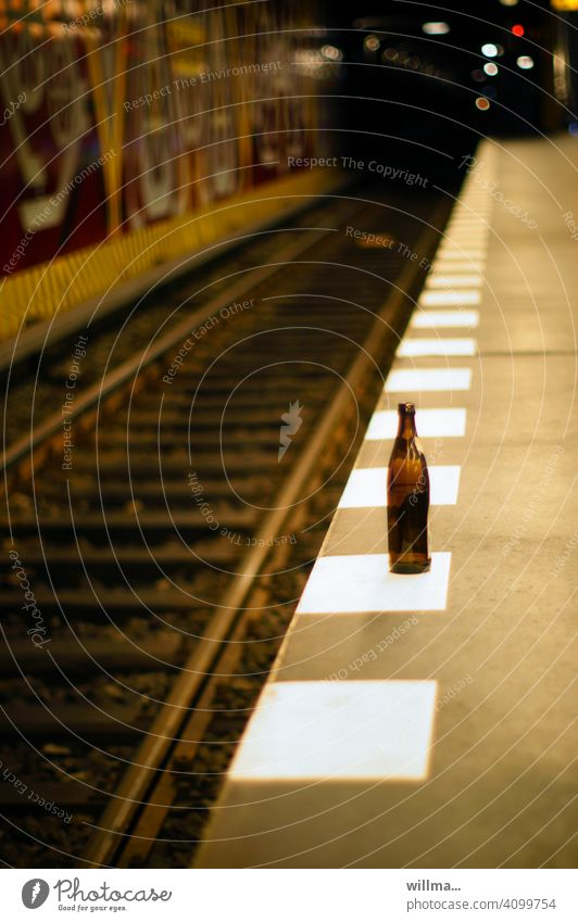 waiting for withdrawal Bottle of beer Empty platform edge Underground Platform Railroad tracks Stop (public transport) Station Subway station Underground tunnel
