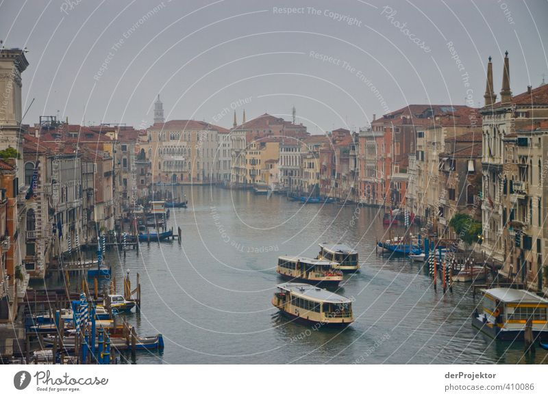 Canale Grande Venice in the morning Town Port City Downtown Deserted Church Palace Bridge Building Architecture Tourist Attraction Landmark Transport