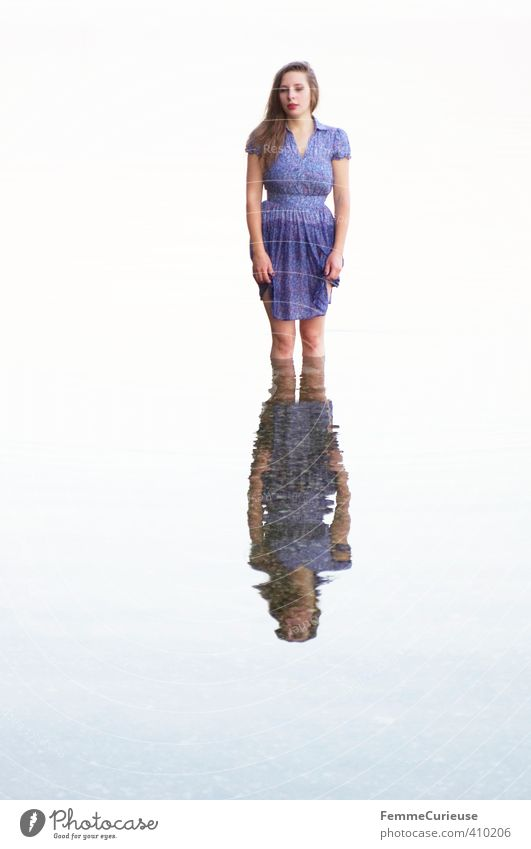 Water elf (I) Feminine Young woman Youth (Young adults) Woman Adults 1 Human being 18 - 30 years Nature Elements Drops of water Beautiful Contentment Lake Elf