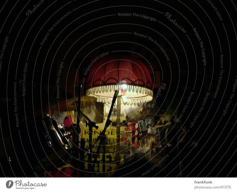 Style Music Cool (slang) Loudspeaker Drum set Photographic technology Standard lamp Rehearsal room