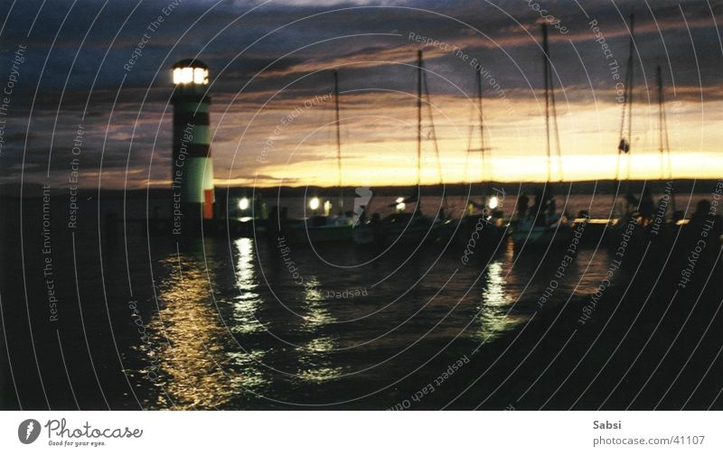 lighthouse_02 Lighthouse Night Sunset Lake Blur Lamp Water