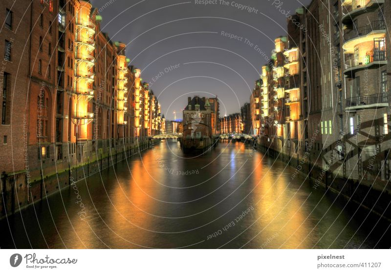 Vacation & Travel Water House (Residential Structure) Yellow Dark Coast Architecture Lighting Lamp Facade Large Hamburg Bridge Harbour Historic Illuminate