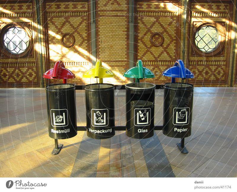 rubbish bin Sunbeam Trash Trash container Multicoloured Obscure Berlin hackers market