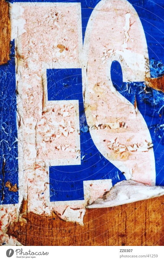 ES Poster Billboard Wood Typography Broken Dirty Obscure Vernacular Type
