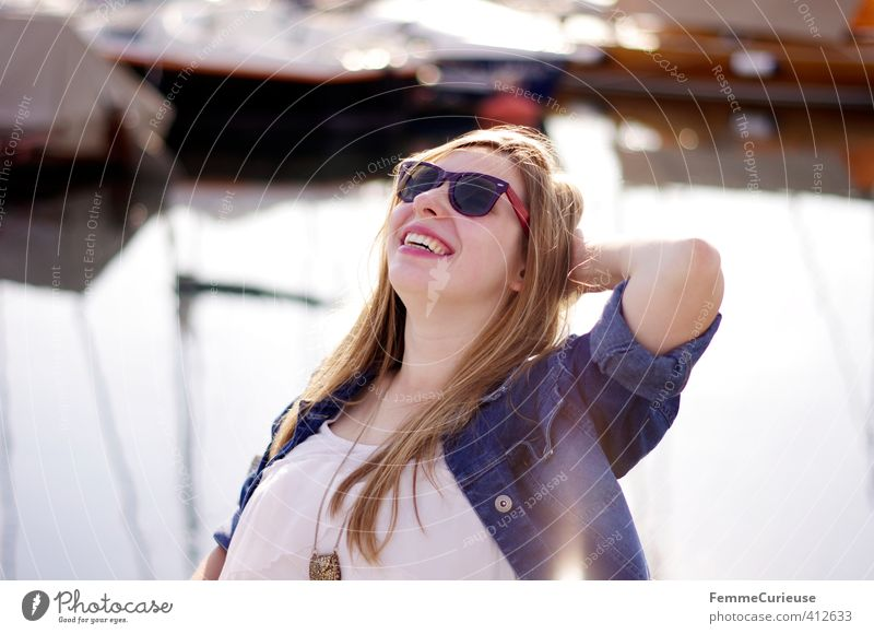 Sun is up! (I) Lifestyle Style Joy Beautiful Well-being Contentment Feminine Girl Young woman Youth (Young adults) Woman Adults 1 Human being 18 - 30 years