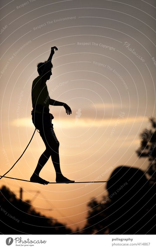 urban highline (III) Leisure and hobbies Sports Fitness Sports Training slackline Human being Masculine Young man Youth (Young adults) Man Adults Life Body 1