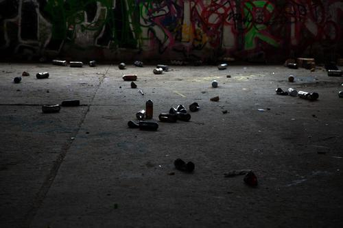 Garbage from the sprayer Graffiti Spray can sprayers Criminality Juvenile criminality Culture somber forbidden Corridor Gangsta rap Hip-hop Outskirts Town