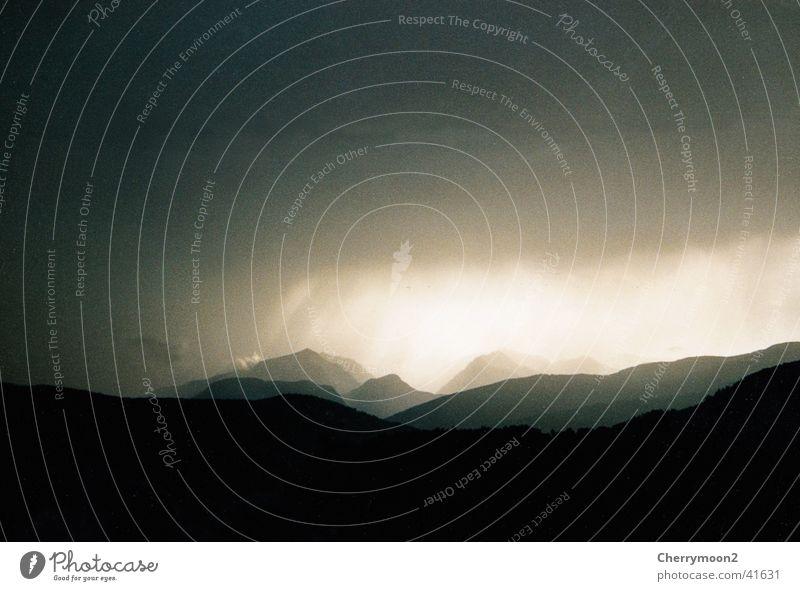 apocalypse Dark Clouds Light Black Mountain Thunder and lightning Shadow Sky Landscape