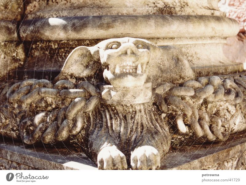Winged Monster 2 Portugal Lisbon Sculptor Architecture column decoration church equipment marble column
