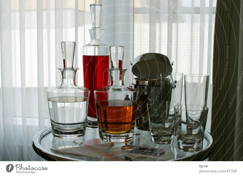 Red Glass Beverage Bar Hotel Alcoholic drinks Cocktail Aperitif Hyatt Decanter