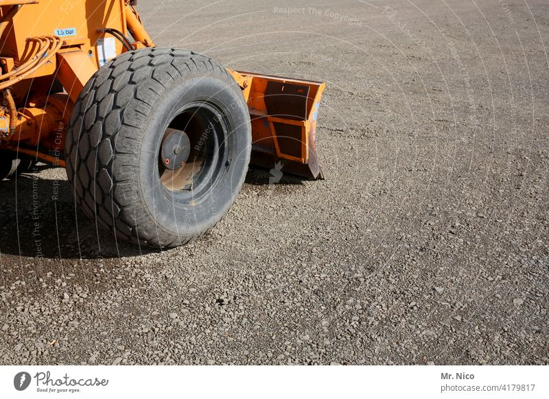 On the construction site Wheel loader Equipment Machinery Road construction Tire Profile Heavy building material Construction industry landscaping Horticulture