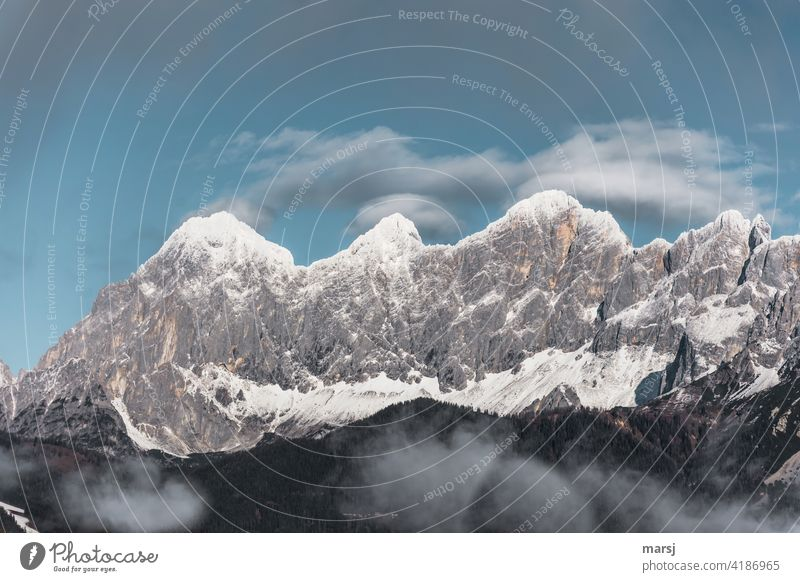Snow-covered mountain peaks. Torstein, Mitterspitz, Dachstein and the Dirndln. Snowcapped peak Alps Mountain Nature Peak Dachstein mountains dirndling gate