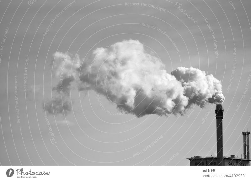 Chimney of an industrial plant with emission Emission Exhaust gas Steam Industrial plant Coal power station Energy industry Environmental pollution Industry