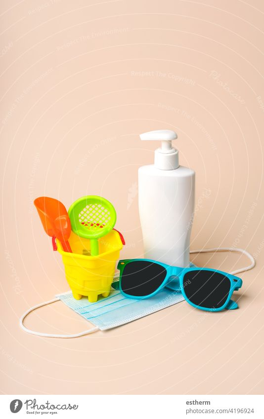 Protective surgical mask with sunglasses,beach bucket and plastic bottle of sunscreen coronavirus protective surgical mask summer medical mask 2019-ncov