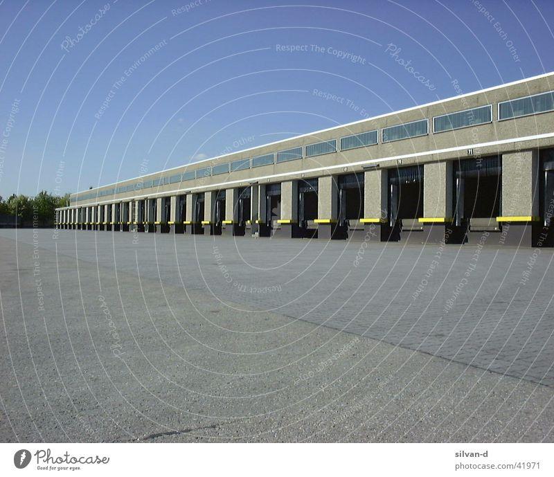Logistics Terminal Truck Control desk