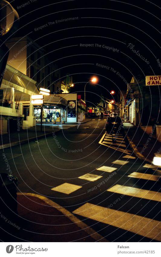 Biarriz@Night Club Street