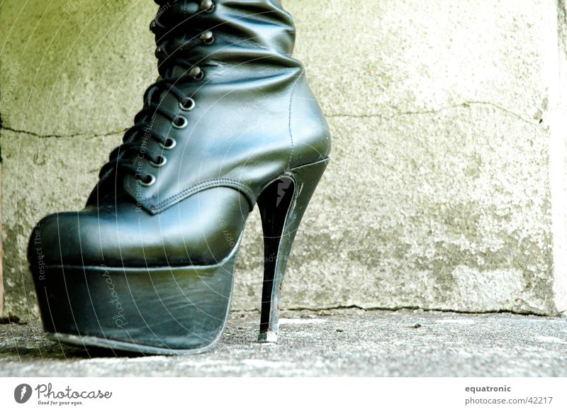 The shoe without Manitu Footwear Boots Obscure Landing Gothic style