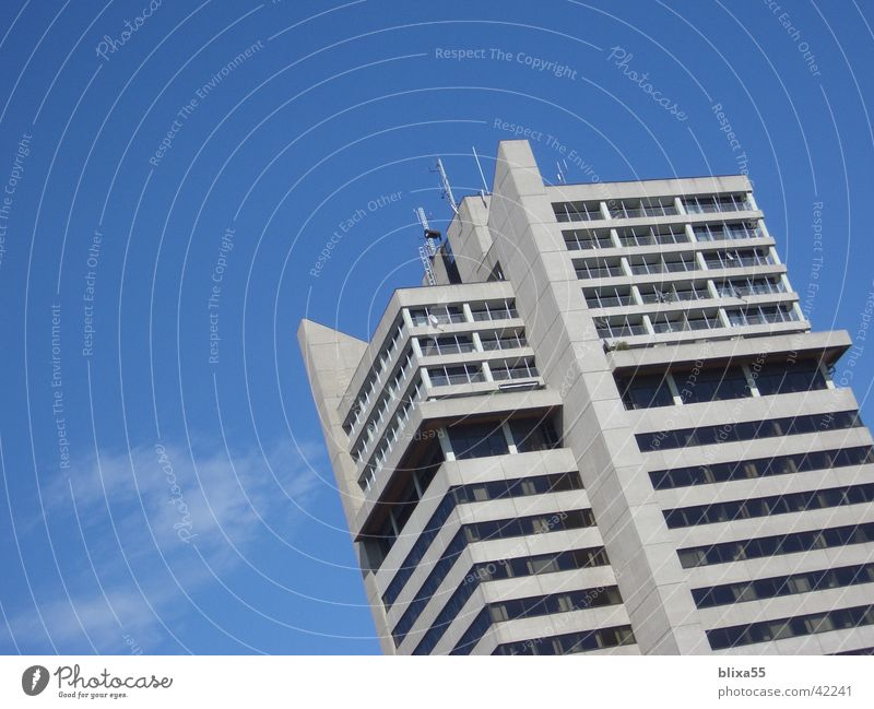 High-rise building (Platte) Concrete Architecture concrete facade eye cramp example of bad architecture multistoried building concrete front
