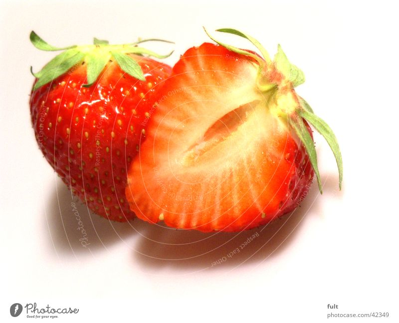 strawberries Vitamin Red Fruit flesh Cut Fresh Delicious Nutrition Side by side Touch White Kernels & Pits & Stones Half Healthy Strawberry