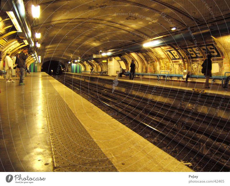 Transport Railroad Railroad tracks Tunnel Underground Subsoil