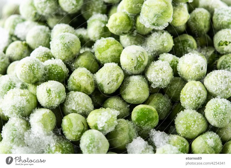 Frozen green peas background agriculture cold cuisine eat food freeze fresh frozen healthy ingredient organic white