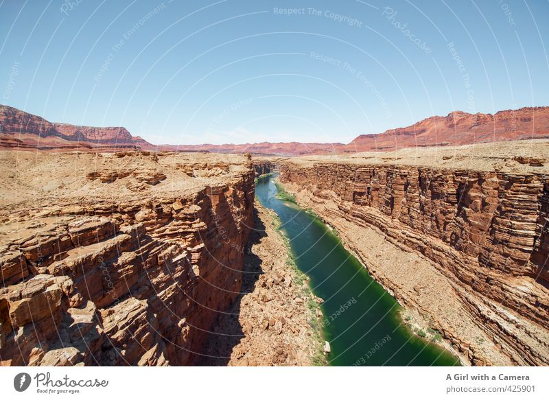 Navajo Country Environment Nature Landscape Elements Earth Sand Sky Cloudless sky Horizon Summer Weather Beautiful weather Drought Rock Canyon River bank Desert