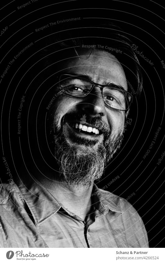 laughing man in black and white Facial hair Man Laughter Teeth Dark Face portrait Black & white photo Human being Head Eyes Masculine Nose Mouth Shadow