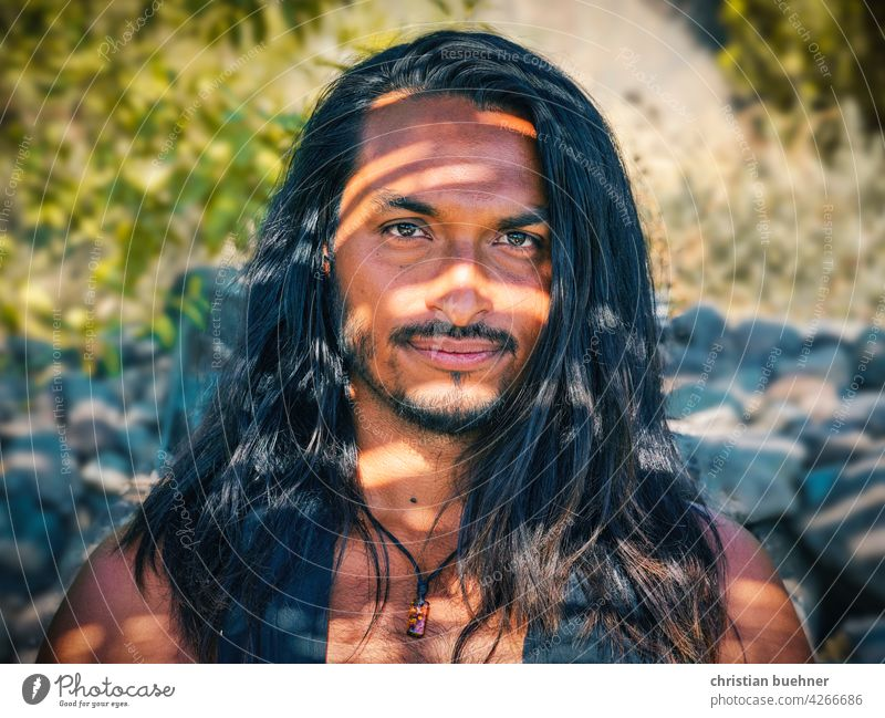 portraits of a young man with long hair Man long hairs Light Shadow Intensive Latin America Mexico Mexicans native Tribal Nature naturally Artist 30 years