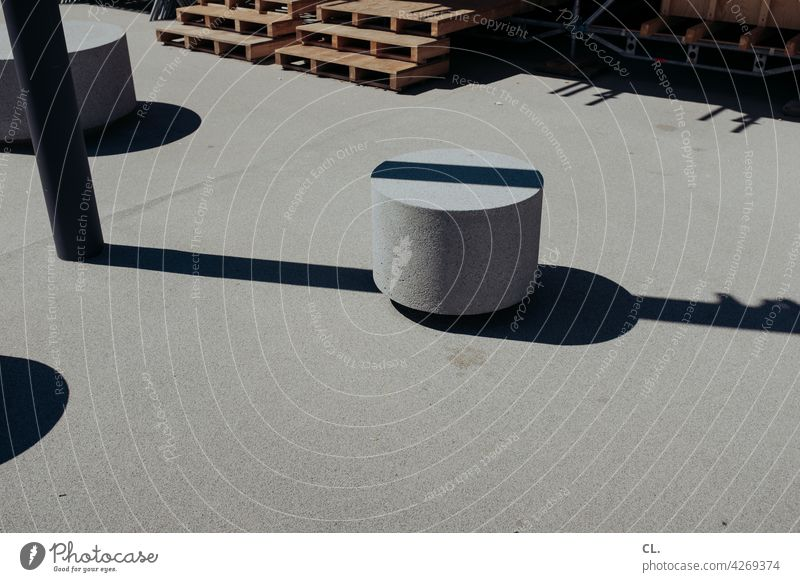 discontinuity Line Shadow Structures and shapes Abstract Ground Lamp post Concrete Gray Round Bollard