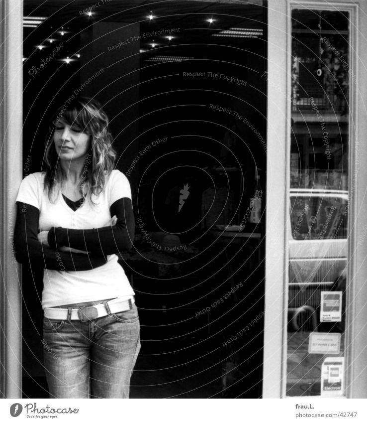 Woman Work and employment Door Wait Clothing Store premises Businesspeople Fatigue